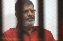 مصدر طبي يكشف عن تفاصيل حالة محمد مرسي الطبية