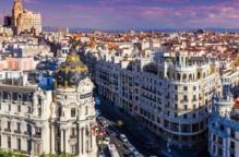إسبانيا تعيد فتح السياحة الدولية في يوليو