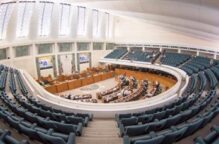 المالية البرلمانية توافق على مشروع قانون بشأن عملاء البنوك المتضررين من كورونا