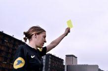3 قرارات غيرت قوانين تحكيم كرة القدم..  آخرها تعيين سيدة بالسوبر الأوروبي