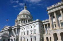 مجلس النواب الأمريكي يرفع تشريع مسائلة ترامب إلى مجلس الشيوخ الأثنين