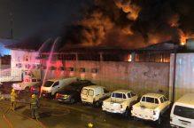 شبهة جنائية وراء اندلاع حريق مستودع الإلكترونيات الكائن بمنطقة الري