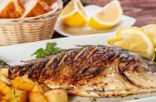 """""""السمك مع الليمون"""".. مواد غذائية يفضل تناولها معا ليمتصها الجسم"""