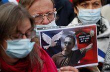 القضاء الفرنسي يعاقب طالبة «مجدت» جريمة ذبح المعلم