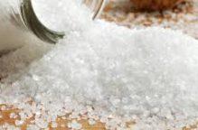 دراسة حديثة: تناول الملح في الأنظمة الغذائية.. يضعف المناعة
