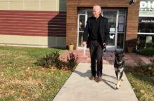 """حفل """"تنصيب"""" لميجور أول كلب إنقاذ يقيم في البيت الأبيض"""