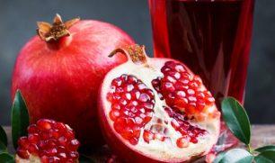 """""""غني بمضاداة الأكسدة ويقي من السرطان"""".. فوائد تناول حبات الرمان"""